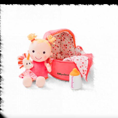 pehmeä nukke