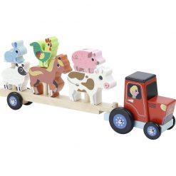 puinen traktori ja eläimet