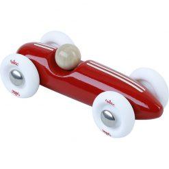 punainen pikkuauto